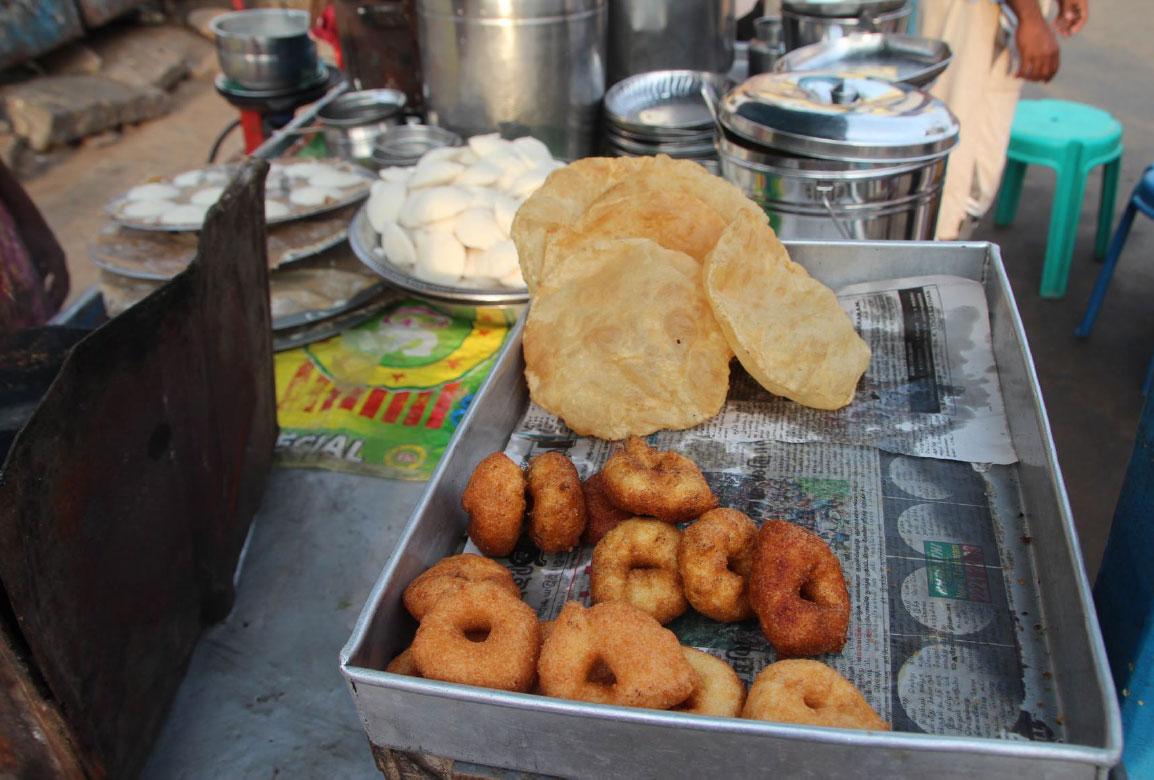 Indisches Essen vor Ort